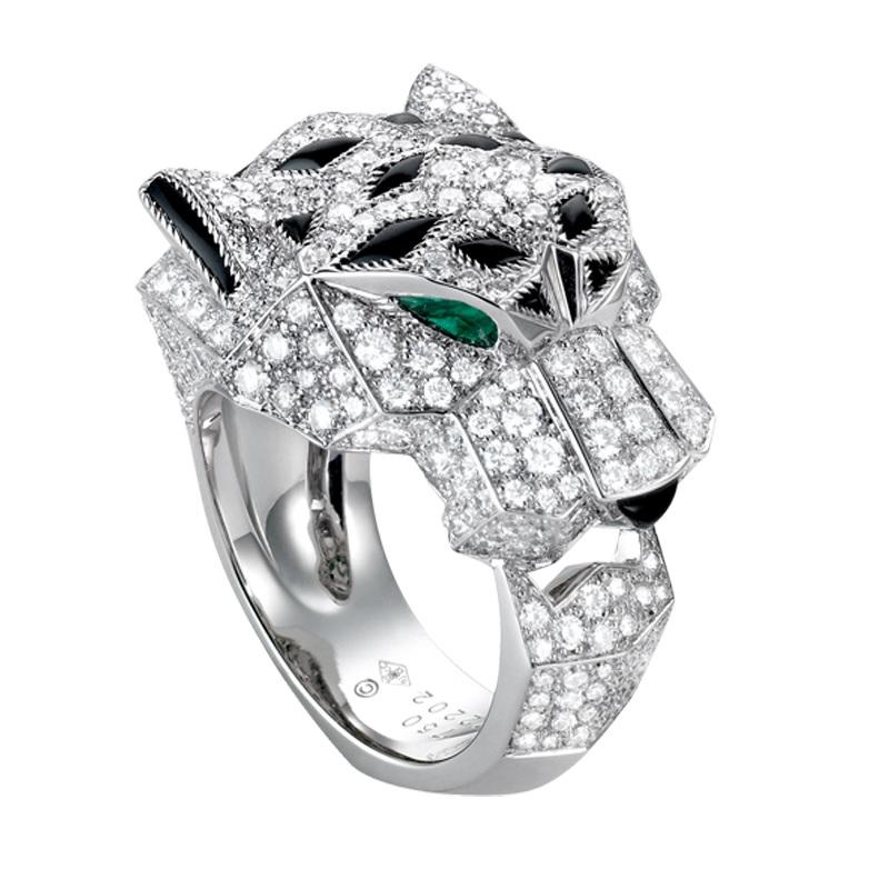 Panter, jeden z legendárních symbolů. Do světa šperků skočil roku 1914.