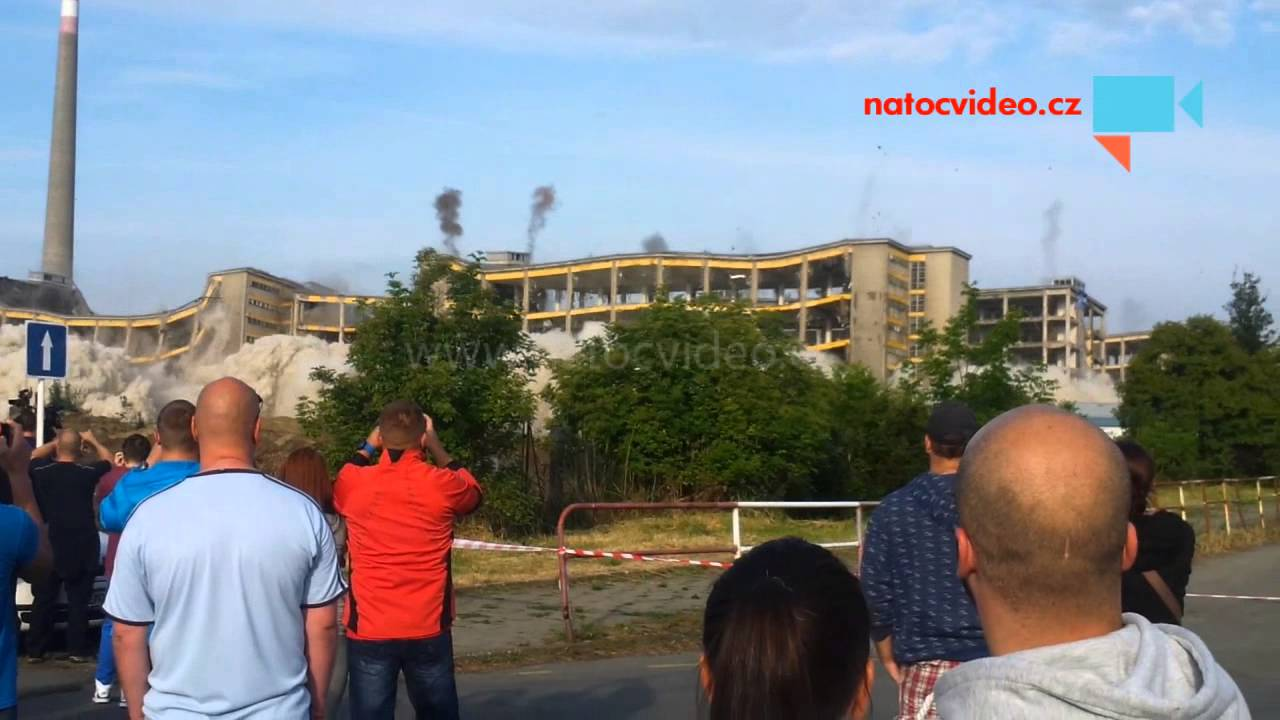 BLÍZKO SMRTI: Letící kámen proletěl 10 centimetrů od hlavy!