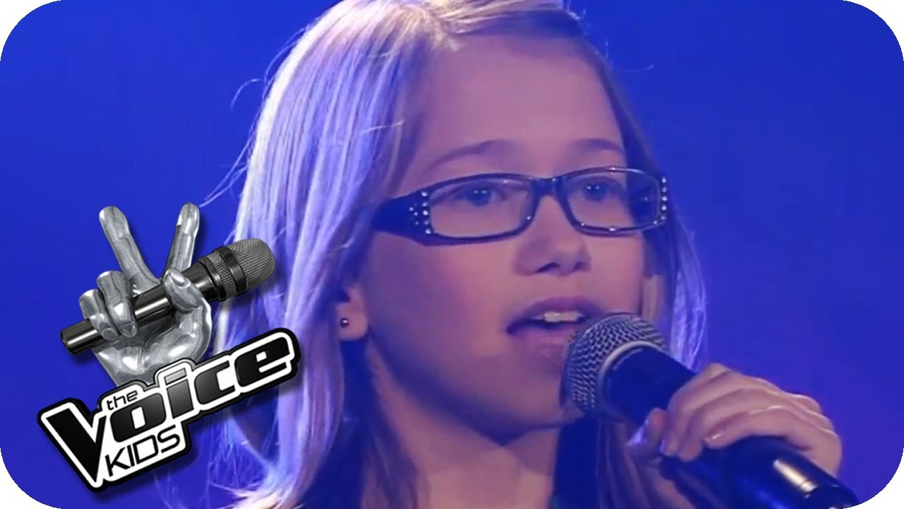 Malá zpěvačka rozplakala diváky v sále!