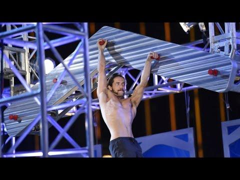 Do třetice všeho dobrého: První vítěz American Ninja Warrior!