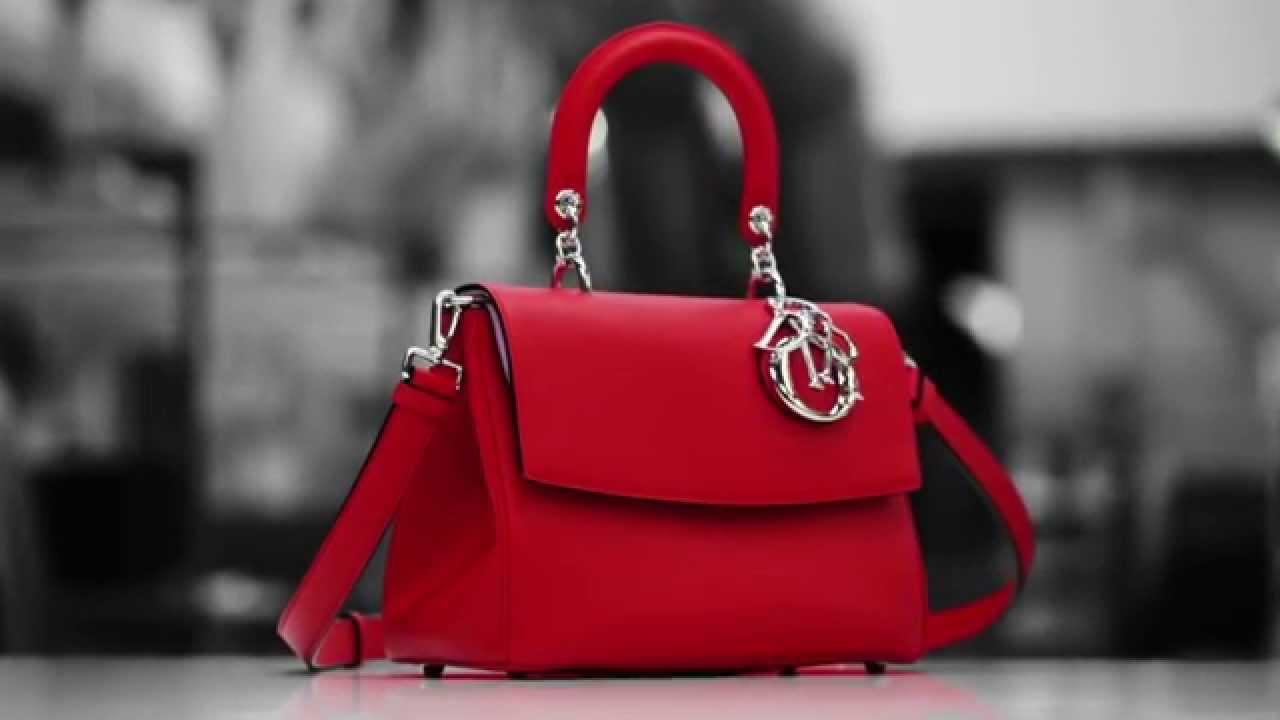 Jak se vyrábí kabelky od Diora?