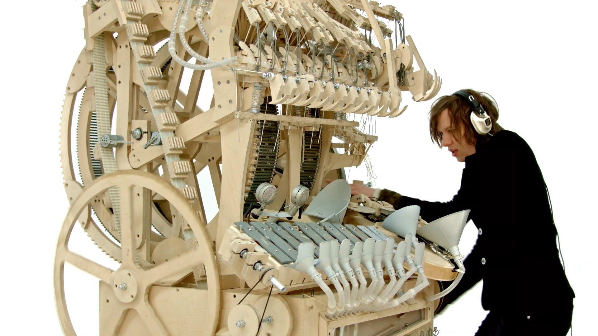 Zlatý ručičky! V jednom stroji celý orchestr!