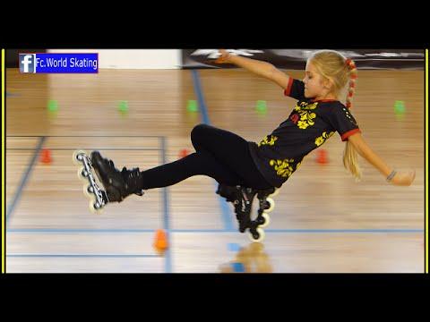 Je jí teprve 9 let a předvedla fantastické vystoupení na kolečkových bruslích!