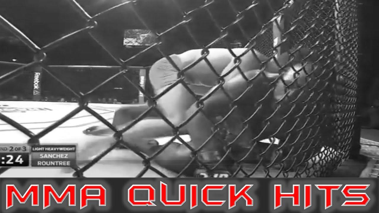 Tvrdý zápasník MMA napomínal při zápase svoji maminku