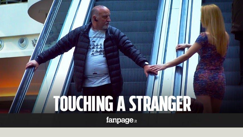 Co se stane, když žena sáhne neznámému muži na ruku?