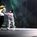 Podívejte se, jak 6ti letá holčička zničila svého soupeře v breakdance battlu!