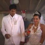 Velmi podivná svatba, která málem skončila atentátem na novomanžele!
